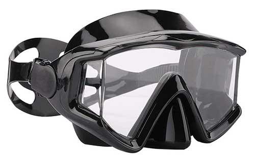 aqua a snorkeling mask