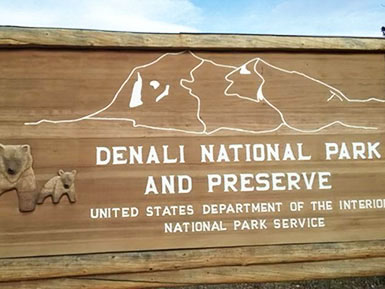 Denali national park sign