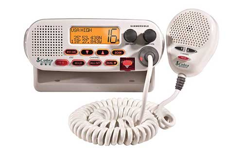 cobra electronics vhf marine radio with gps submersible